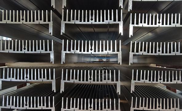 鋁材生產廠